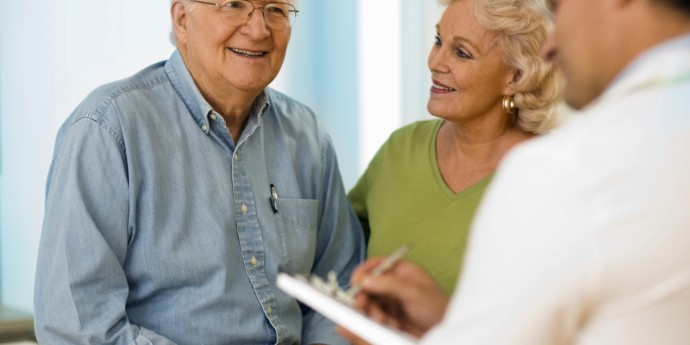 Seniors-with-doctor-medium-iStock_000007927672Medium